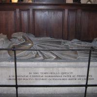 Gisant de Rollon, cathédrale de Rouen