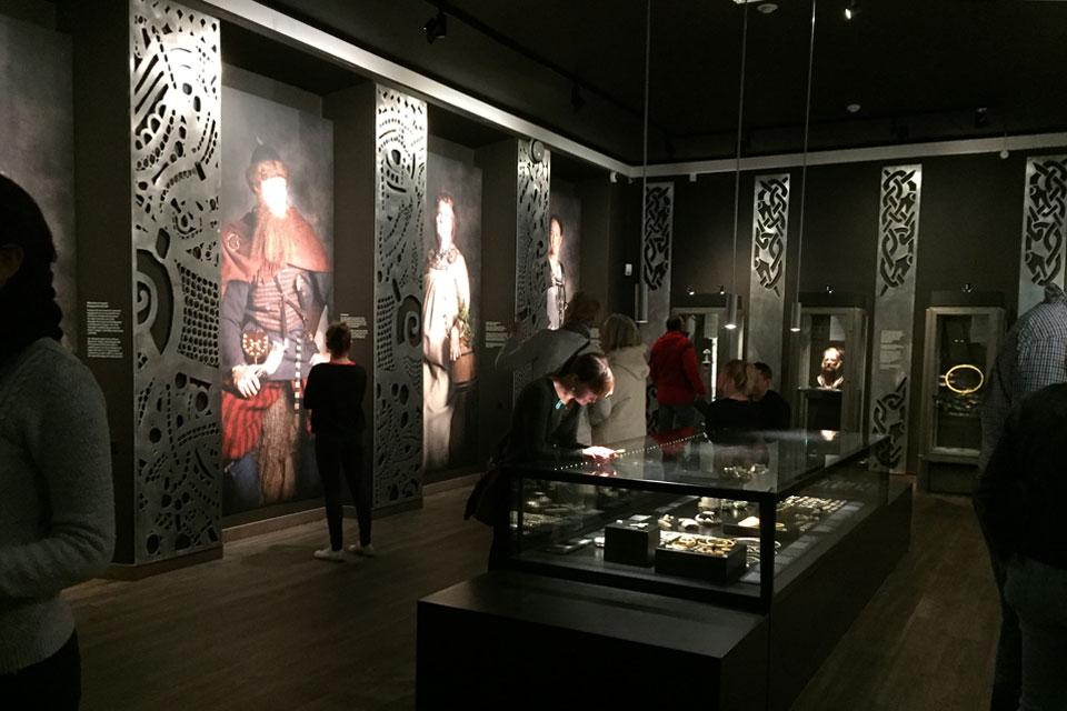 Danemark - La nouvelle exposition sur l'Âge Viking et les photos de Jim Lyngvild au Musée national de Copenhague