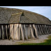 Maison longue reconstituée du Centre Fyrkat à Hobro, Danemark