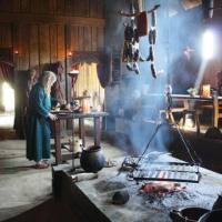 Danemark - Reconstitution d'une cuisine de l'Âge Viking à Ribe - Photo: Colin Seymour / Ribe VikingeCenter