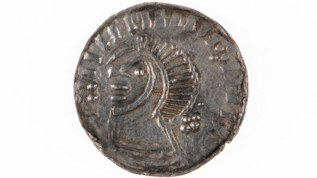 Irlande - Une pièce de monnaie viking du XIème siècle peu courante découverte dans le comté de Down