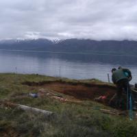Découverte d'une épée viking dans un bateau tombe à Dysnes