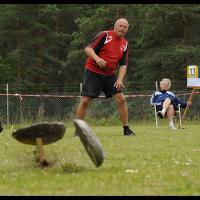 Le Varpa, jeu de compétition aux Stånga Games sur l'île de Gotland