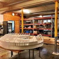 Norvège - Maquette de l'extension du nouveau musée de l'Âge Viking dans les sous-sols du musée actuel, où des étais stabilisent le bâtiment et amortissent les vibrations - Photo: M