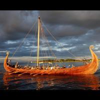 Réplique du bateau dans le port de Tønsberg - Photo Eric Johannessen