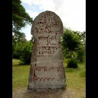Suède - Une des quatre pierres historiées à Stora Hammars, sur l'île de Gotland