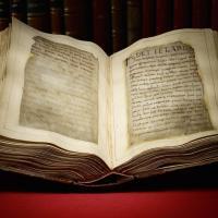 Première page du manuscrit en vieil anglais Beowulf - Photo: British Librairy