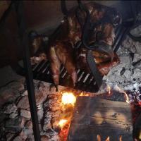 Reconstitution d'une cuisson de la viande - Photo: gîte Le repaire d'Asgeïr