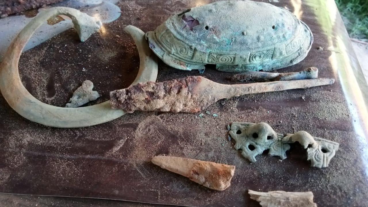 Russie - Les artefacts d'une sépulture de l'Âge Viking découverte à Tosno, dans l'oblast de Léningrad - Photo: TIGADO 47
