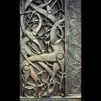 Détail du portail nord de l'église en bois debout d'Urnes, Norvège