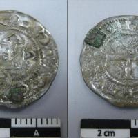 Suède - Une pièce de monnaie normande du Xème siècle découverte à Täby - Photo Acta Konserveringscentrum AB